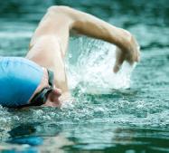 smith-mountain-lake-swimmer
