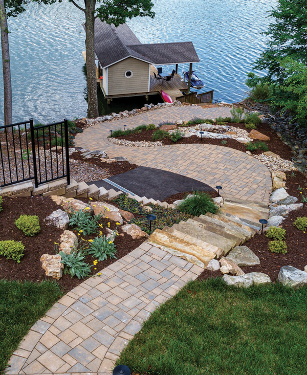 FEATURES_OutdoorSpace1
